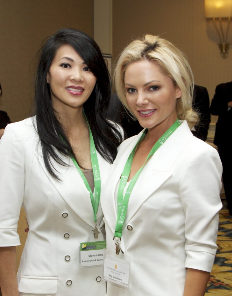 Siana Cutter and a colleague at a recent aesthetic industry trade show.